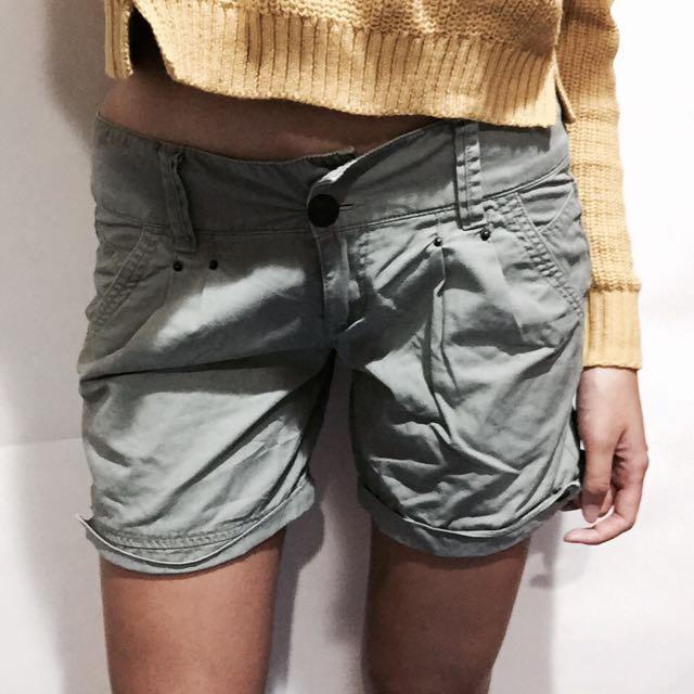 短褲/淡綠色/甜美個性/二手