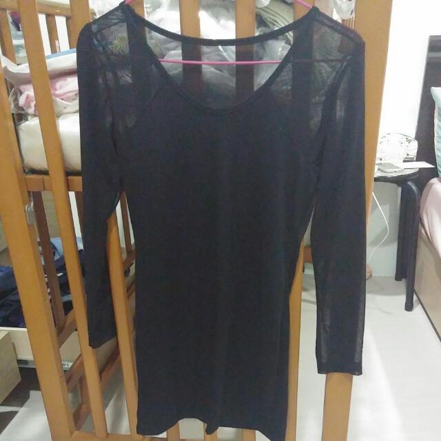 黑裸紗洋裝