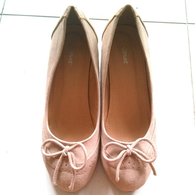 Cream / Light Pink Ribbon Heels
