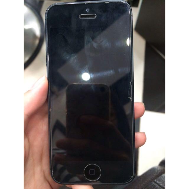 (待匯中)iphone5 16G 黑 附充電線