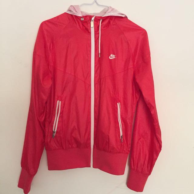 Nike桃紅風衣外套