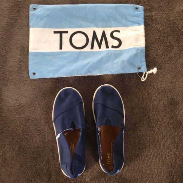 Toms Blue Canvas Shoes