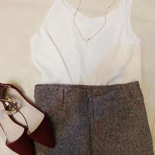 灰咖啡短裙