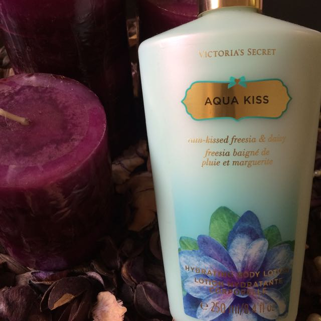 📢100% Original Victoria's Secret Fantasies Body Lotion - Aqua Kiss維多莉亞的秘密