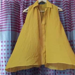 Collar Mustard Top