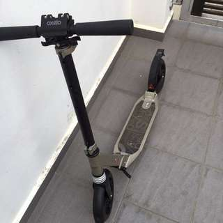 Used Oxelo Town 7 XL Suspension Adult Kick Scooter