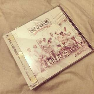GIRLS GENERATION - 1ST JAPANESE ALBUM