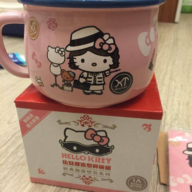 7-11 Hello Kitty 杯碗組