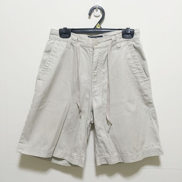 米白寬鬆綁帶短褲