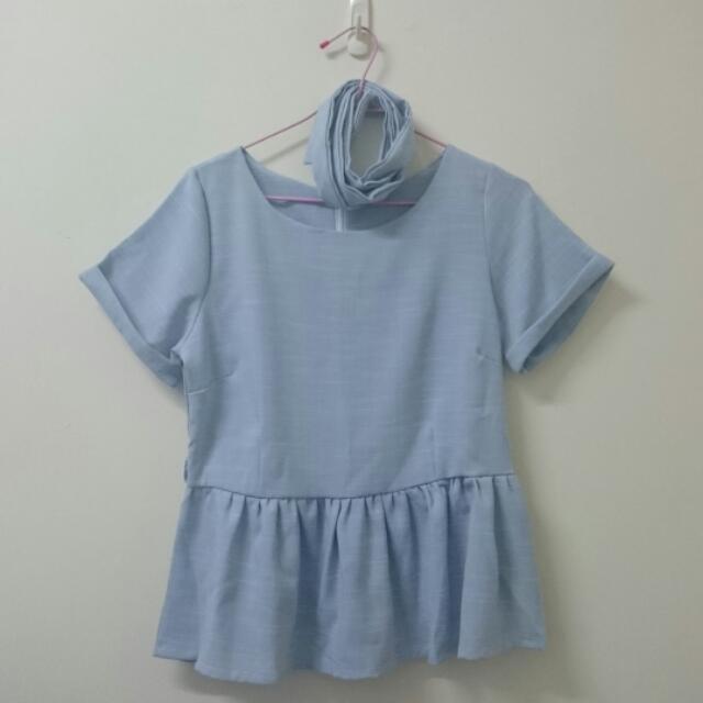 <服飾>全新 韓版 水藍色綁帶上衣  s
