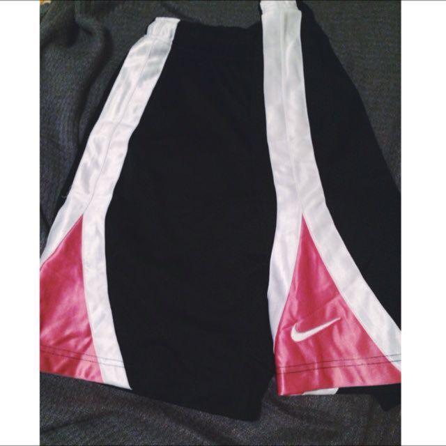 nike 粉紅褲