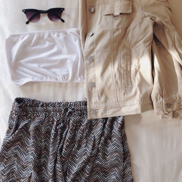 Patterned Skirt & Oversized Jeans Jacket