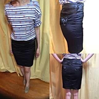 黑色 緞面包裙