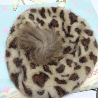 全新日本Ingni秋冬毛毛豹紋毛球貝蕾帽
