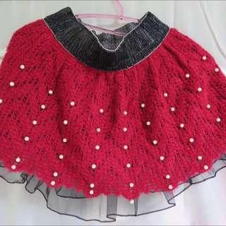 《全新》可愛大紅色針織珍珠短裙