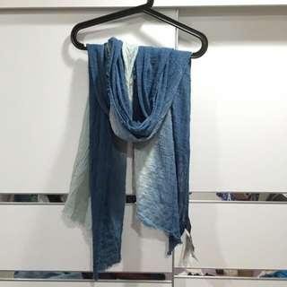 Zara麻花圍巾