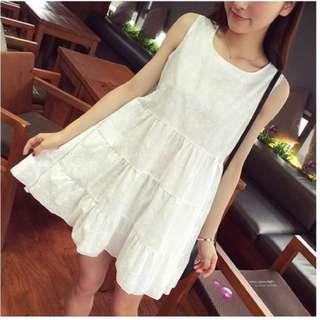 白色洋裝*全新