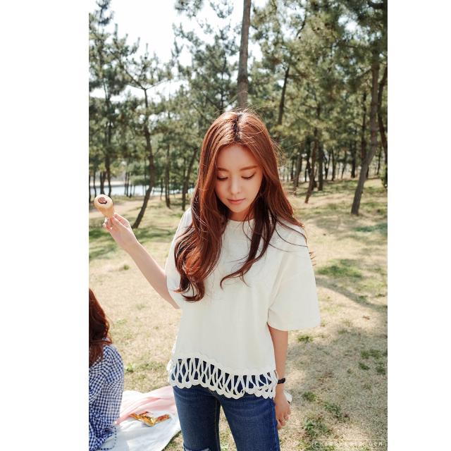 2手 韓 Cherrykoko 白色 設計下擺蕾絲T恤