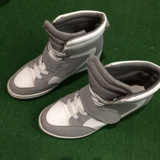 內增高鞋(很修飾腿唷)