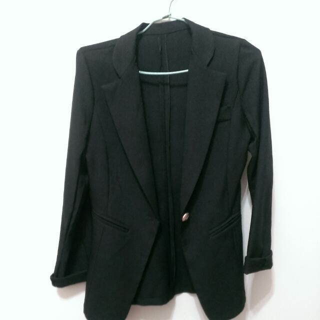 黑色長袖西裝外套
