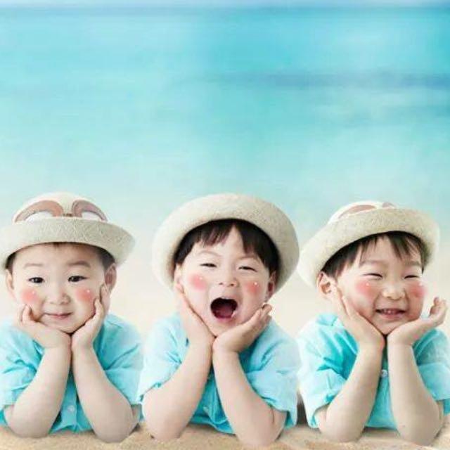 (徵)大韓民國萬歲 三胞胎 年曆 月曆 超人回來了 我的超人爸爸