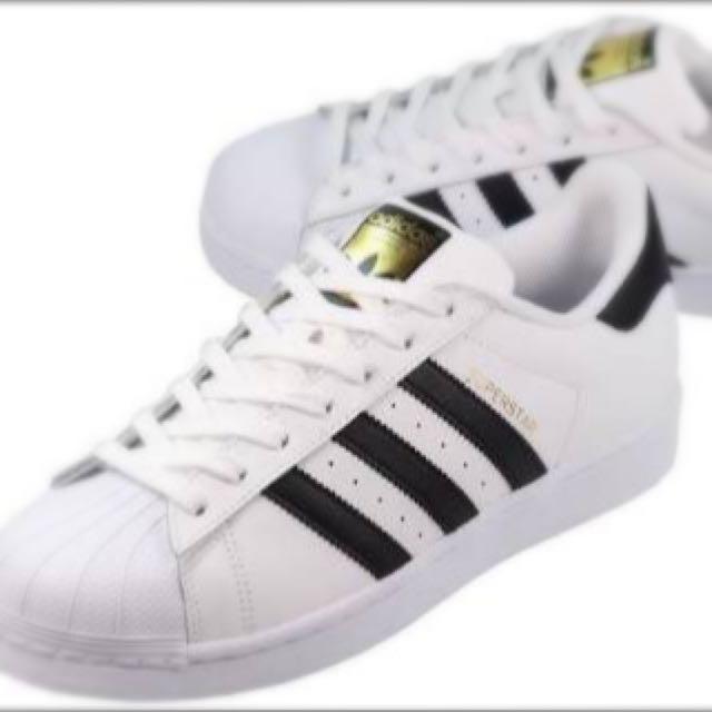 Colgar Hacer la vida Exactamente  Adidas Superstar Size 36 2/3 UK 4, Sports on Carousell