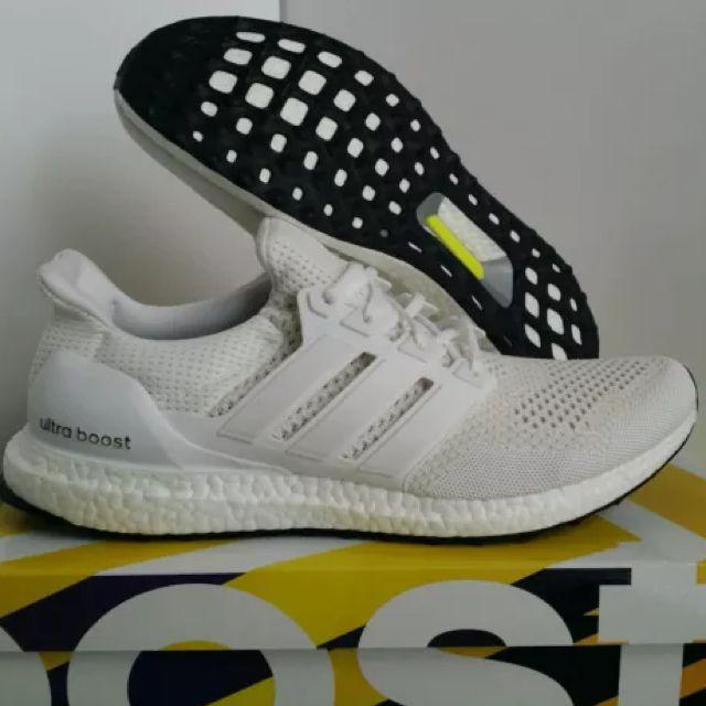 c9abd9f3b8b Adidas Ultra Boost Triple White Kanye West