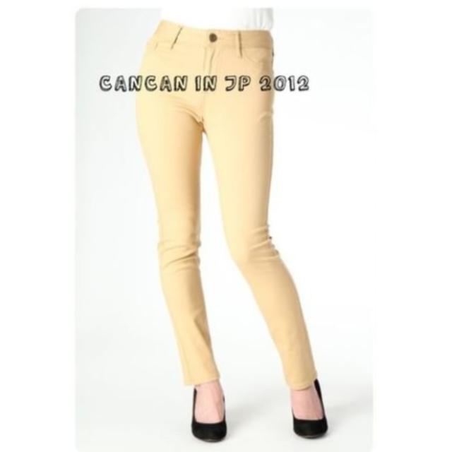 轉賣日貨Cancan 專櫃 Lowrys Farm 美保著用款2012春夏色系彈性細身褲SKINNY 薑黃色/卡其色