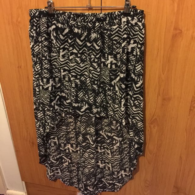 Size 16 Skirt Long Back Short Front