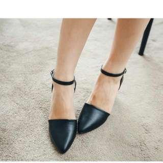 ✨韓版尖頭低跟涼鞋✨黑色✨含運