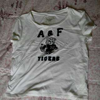 A&F短版上衣(s)