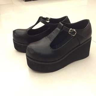 9成新✨圓頭厚底鞋
