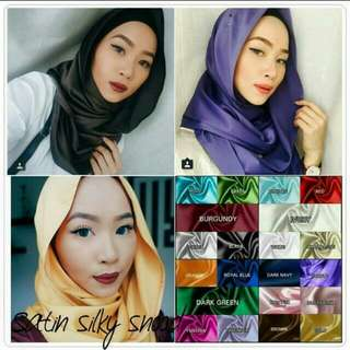 Satin Snood