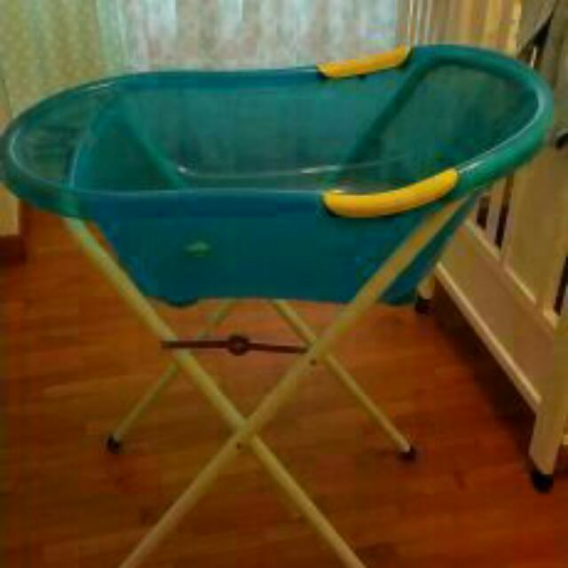Standing Baby Tub, Babies & Kids on Carousell