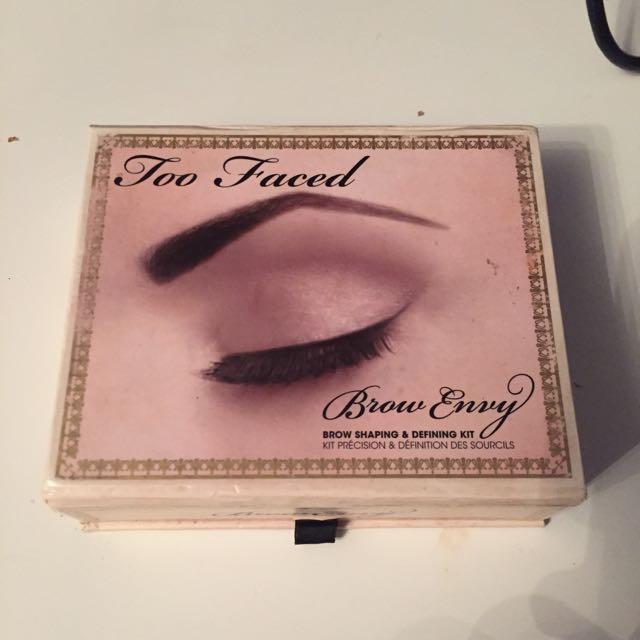 Too Faced Brow Envy Eyebrow Kit Health Beauty On Carousell