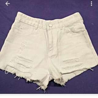 全新純白牛仔短褲