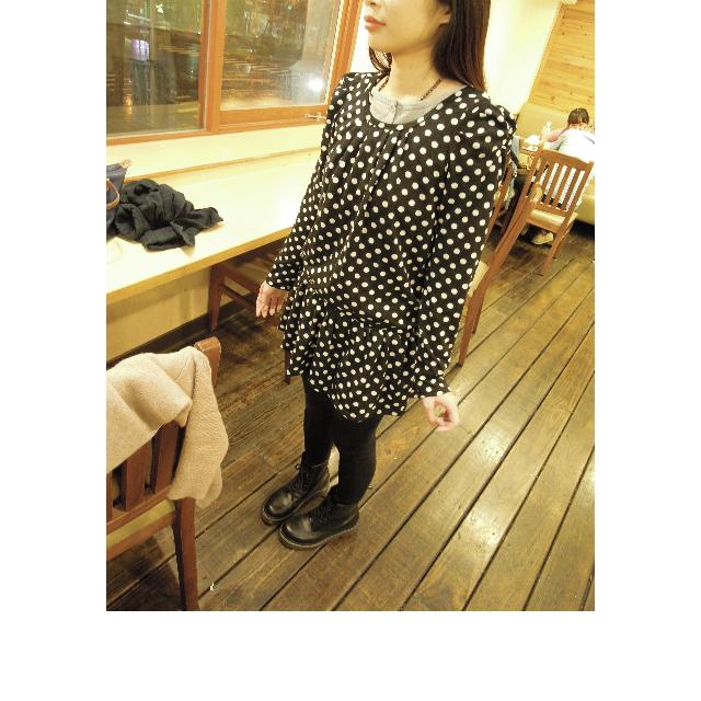香港帶回波卡點點潮人洋裝