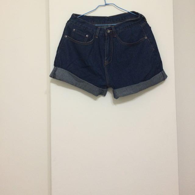 男友風深藍牛仔短褲