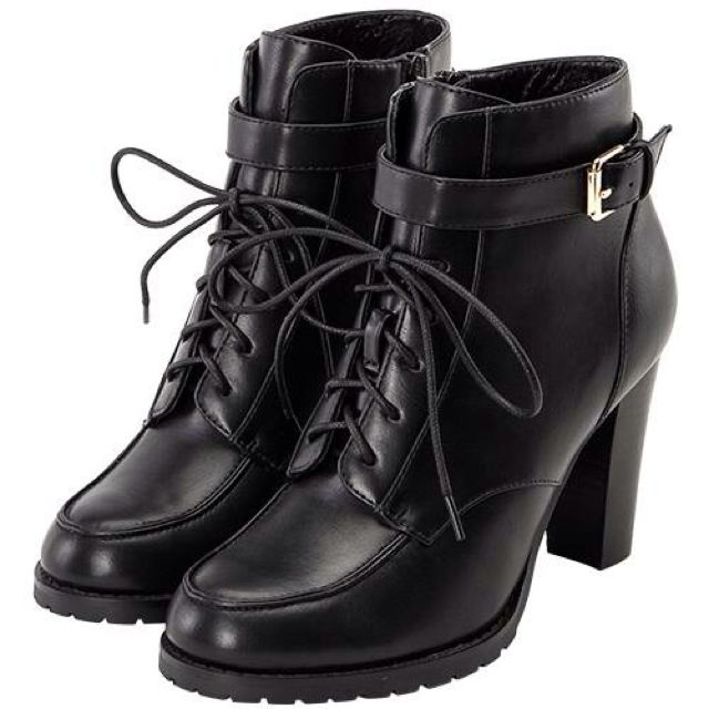 ⭕️全新Grace gift 高跟短靴