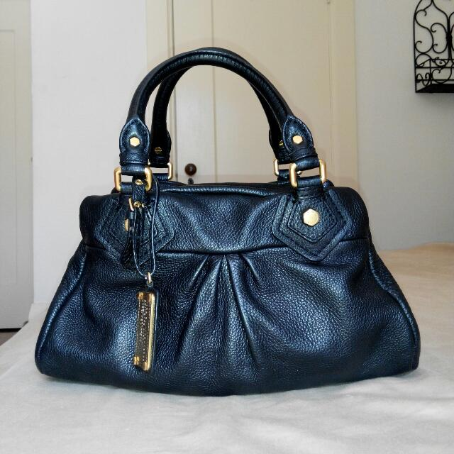 3bbea8c3978b Marc By Marc Jacobs Classic Q Baby Groovee Black Leather Bag