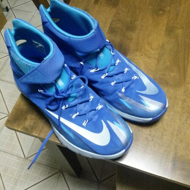 new arrival 60f4f 3446b BASKETBALL SHOES Nike ZOOM Hyperrev 2014, Sports on Carousell
