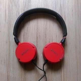 Sony 耳罩式耳機