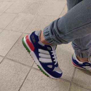 大降價 鞋 24.5 慢跑鞋 可面交 adidas 寶藍色 好搭❤