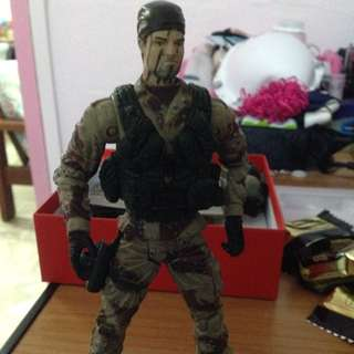 <sale!> Detailed Army Figurine (With Extra Head) - Own Collection