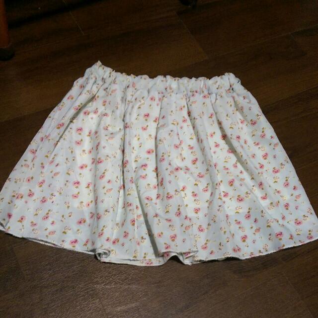 9成新,小碎花褲裙
