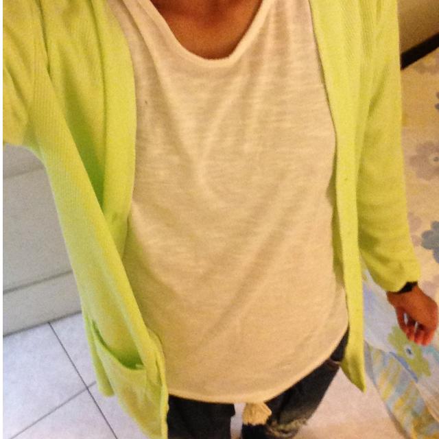 亮綠針織罩衫