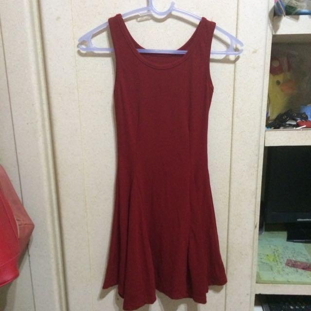 酒紅色無袖洋裝