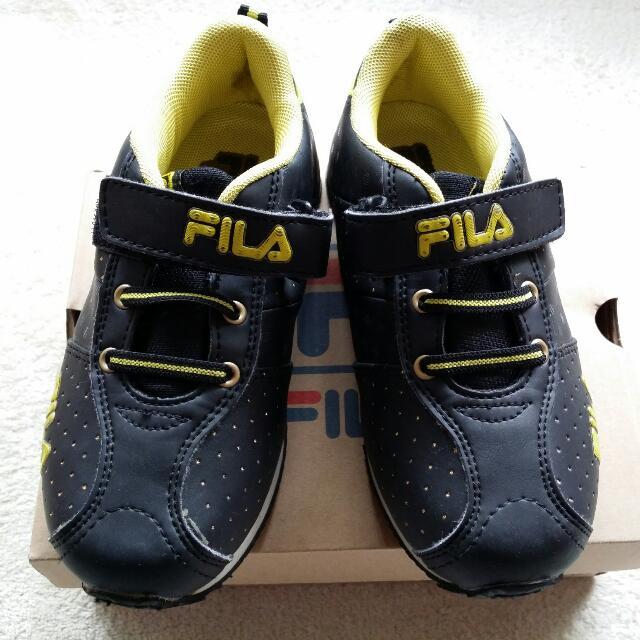 二手 FILA 男童鞋 黑 標19cm底量22cm
