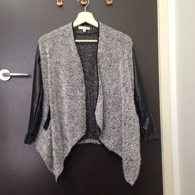 Minimalist Drape Cardigan with Pockets
