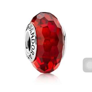 Pandora 潘朵拉 Red Faceted Murano Charm